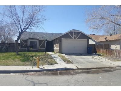 3 Bed 2 Bath Preforeclosure Property in Lancaster, CA 93535 - E Avenue J5