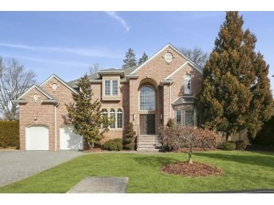 5 Bed 4.5 Bath Foreclosure Property in Closter, NJ 07624 - Closter Dock Rd