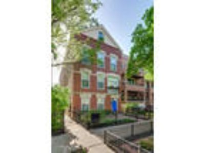 Chicago Four BR 3.5 BA, 2626 North Wayne Avenue REAR