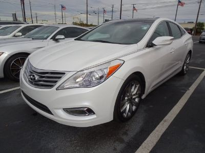 2014 Hyundai Azera Base (Diamond White Pearl)