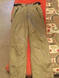 New without Tags Tan Skii Pants (L)