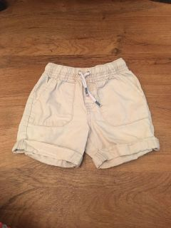 Cat & Jack brand khaki shorts. In GUC. No rips or stains. Size 2t. Asking $3