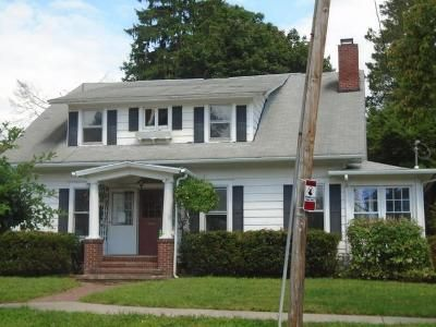 4 Bed 1.5 Bath Foreclosure Property in Binghamton, NY 13905 - Beethoven St