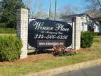 324 Montgomery St., Apartment#111 Troy, Alabama 36081