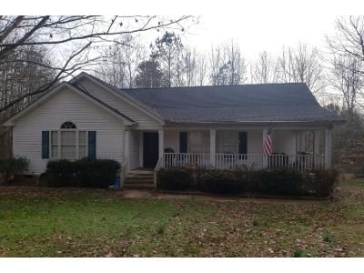 3 Bed 2 Bath Preforeclosure Property in Franklinton, NC 27525 - Holly Ridge Ct