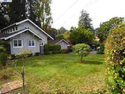 59 Duncan Way Oakland, Spacious Glen Highlands home