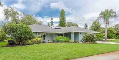 111 Annwood Road PALM HARBOR Four BR, Completely remodeled