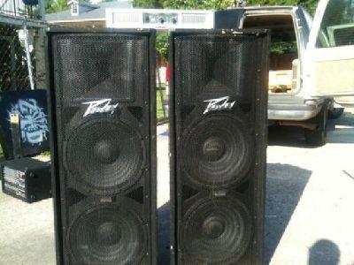 $300 OBO Two Peavey PV Series PV 215 Speakers - wired - 700 Watt