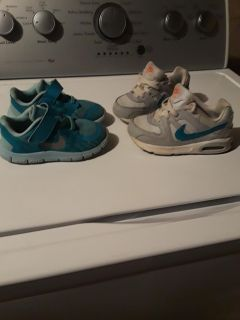 Nike sneakers unisex toodler size 9