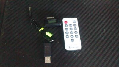 New Wireless FM Transmitter for iPhone with remote $30 OBO