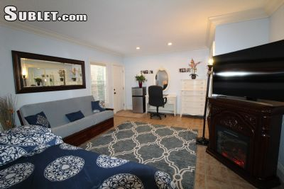 $1200 1 single-family home in Fountain Valley