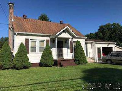 3071 William Penn Avenue Johnstown Three BR, Cute 1.5 Story home
