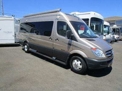 2012 Roadtrek ADVENTUROUS MERCEDES SPRINTER