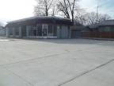 521 N. 19th, Mattoon, IL - Commercial