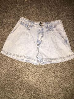 Forever21 size 27 pleated jean shorts