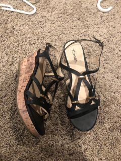 Black Stevies size 4 wedge sandals