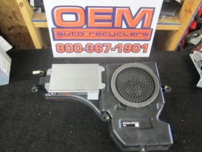 Sell 2003-2005 Toyota 4Runner Rear Speaker And Amp 86150-0W040 motorcycle in Bluffton, Ohio, United States, for US $450.00