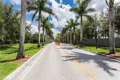 250 Grassy Key LN 186 Naples Two BR, One of the best homes in