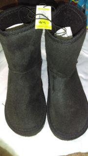 Size 2 Moccasin Boots (like Uggs)