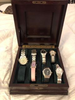 Watch box with 7 watches