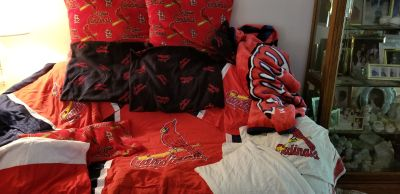 Full size Cardinal bedding