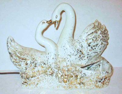 "Swans White TV Lamp Vintage 50s Love Planter 13"""