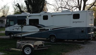 By Owner! 2004 37ft. Forest River Georgetown XL w/3 slides