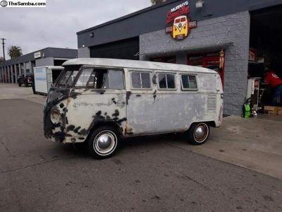 1967 Sun Dial Camper Bus