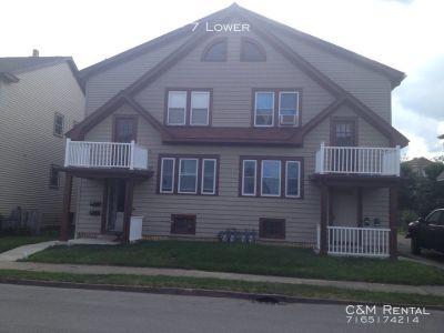 Apartment Rental - 7 & 9 Linview Terrace