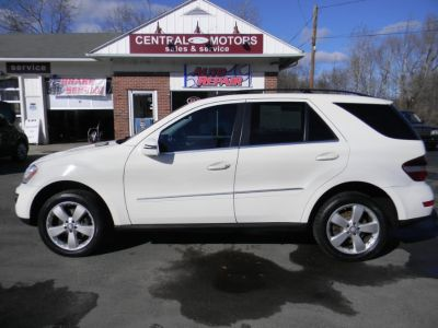2011 Mercedes-Benz M-Class ML350 4MATIC (Arctic White)