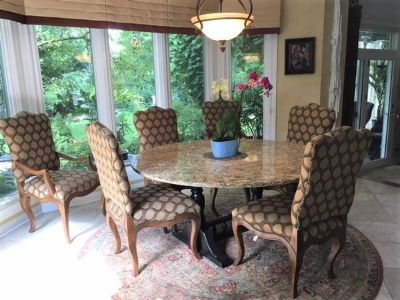 Beautiful Kitchen / Nook / Dining Room Granite Table & 6 Chairs - Very High Quality