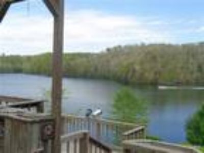 Lake Front Cottage on 1.8 Acres