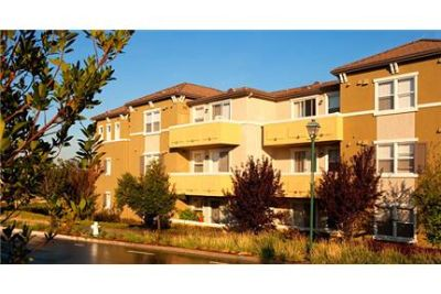 2 bedrooms Apartment - Located across the from Blackhawk Country Club's East Gate. Washer/Dryer Hoo
