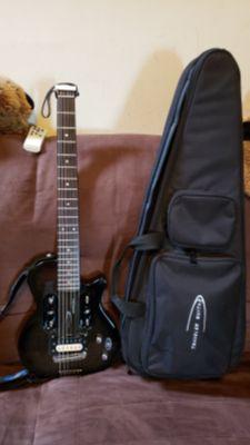 TRAVELER ESCAPE EG-1 GUITAR IN BLACK COLOR