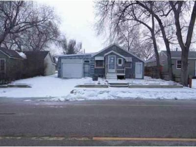 1 Bed 2 Bath Foreclosure Property in Williston, ND 58801 - 6th Ave W