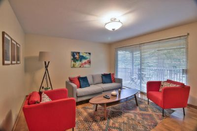 $7290 3 apartment in Menlo Park