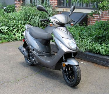 2017 Chicago Scooter Co go. 250 - 500cc Scooters New Haven, CT