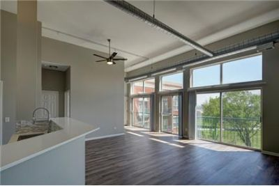 $1,670 / 1 bedroom - Great Deal. MUST SEE. Parking Available!