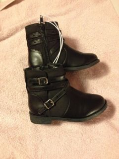 NWT Black Boots Size 9 $10.00