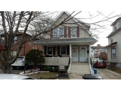 5 Bed 2 Bath Preforeclosure Property in Lyndhurst, NJ 07071 - Willow Ave