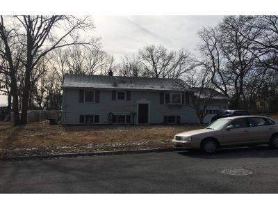 3 Bed 2 Bath Preforeclosure Property in Howell, NJ 07731 - Southgate Dr