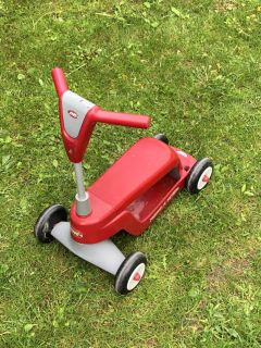 Radio Flyer 2 in 1 Scooter and Ride On Toy