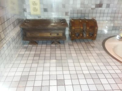 2 antique jewelry boxes. Must pick up