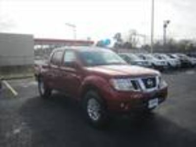 2017 Nissan frontier Red