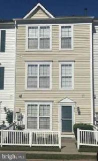 675 Sprite Way Glen Burnie, Move In Ready town home!