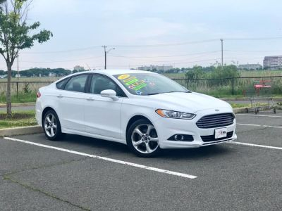 2016 Ford Fusion 4dr Sdn SE AWD (White)