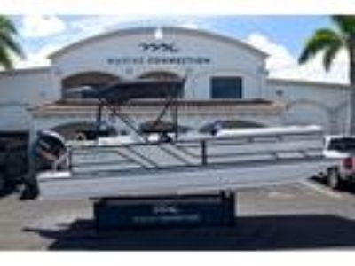 Hurricane - FunDeck FD 226 OB for sale