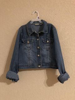 Catos Girls Blue Jean Jacket With Bling Buttons. Nice Condition. Size 16