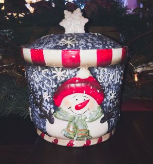VINTAGE SNOWMAN COOKIE JAR
