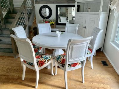 Large pedestal kitchen table and 6 chairs